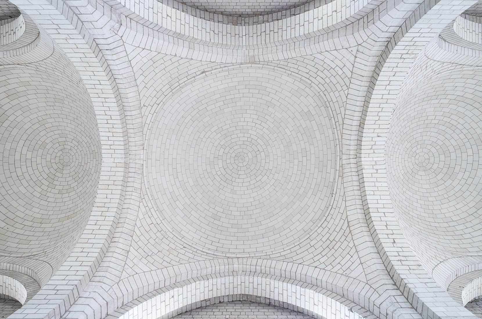 Ceiling details are so simple with a right angled viewfinder. No more neck breaking guesswork.