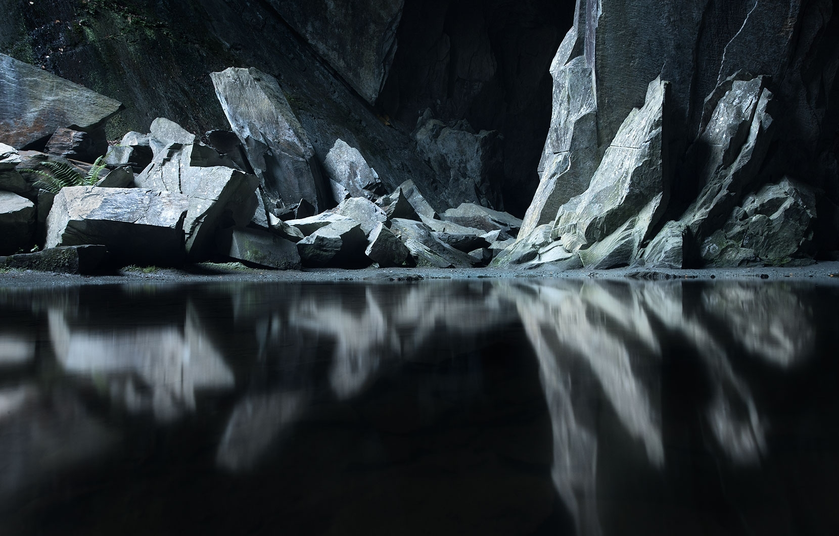 The magic of Cathedral Quarry - great light and subject matter