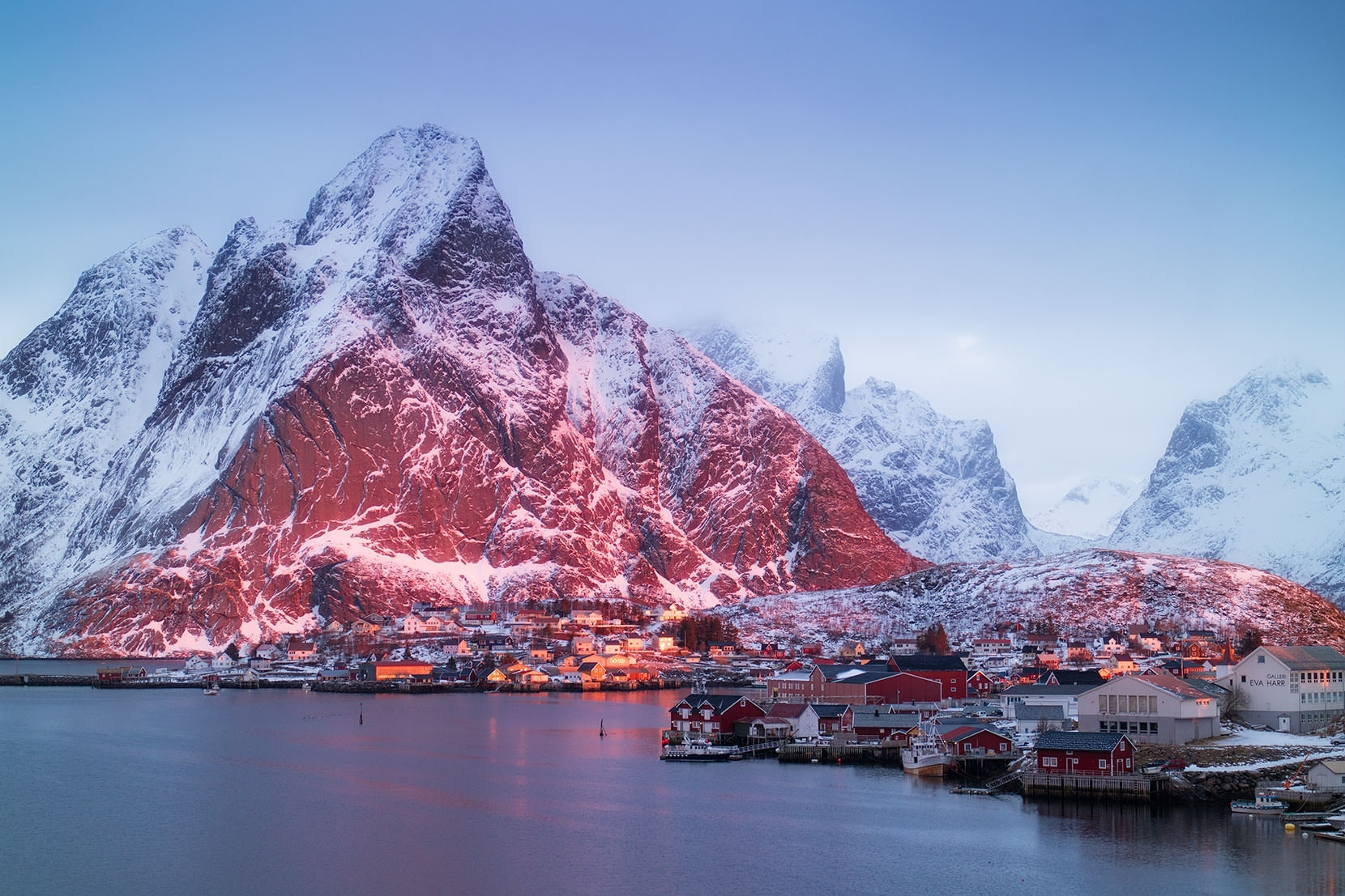 The famous view at Reine