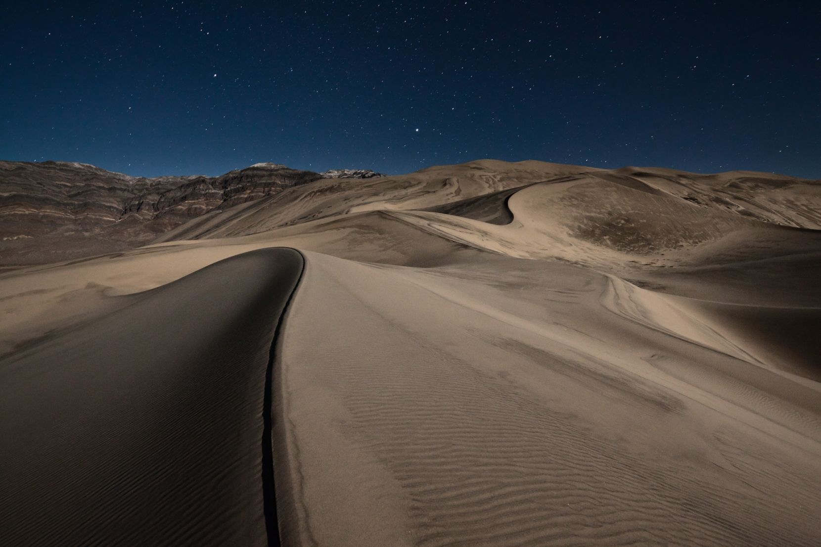 Eureka Dunes - an incredible lunar location out in the middle of nowhere... a real highlight of the trip